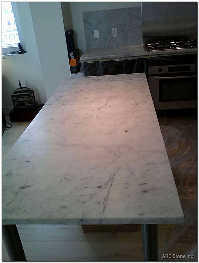 Dull Kitchen Marble Island